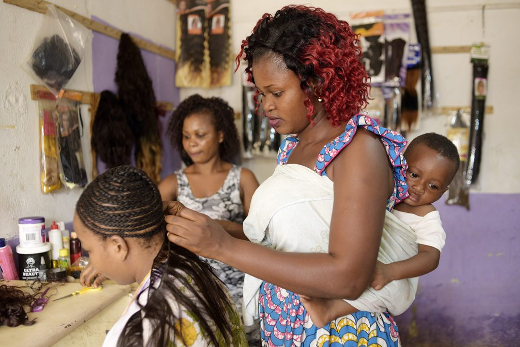 Hairdressing course in Abidjan, Ivory Coast